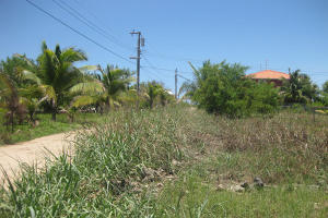- Old Airport - East Shore, 0.14 Acre, Residential Lot, Utila,