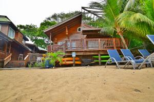 & Beach House, Blue Bahia Resort Management, Roatan,