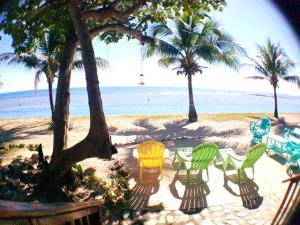 Beach House Private and secure, White Sand, Roatan,