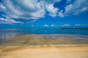 Blue Ocean Reef, Oceanfront Lot B1, Roatan,