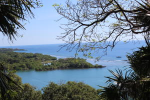Parrot Tree Plantation, Outstanding views lot #110, Roatan,