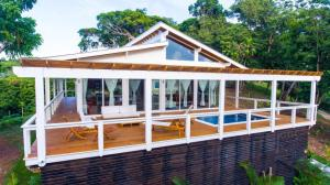 2 bed 2 bath, West Bay, Blue Roatan Development, Roatan,