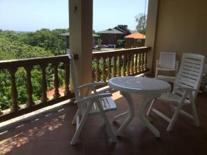 Sunset Villas 12 H, Roatan,