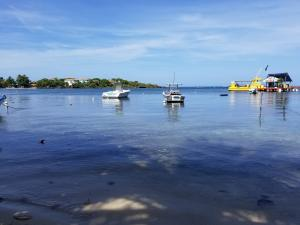 Half Moon Bay, Rare 3.5 acres Waterfront Lot, Roatan,