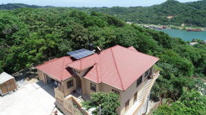 Oak Ridge Oak Ridge, Four bedroom /3 bathroom Home, Roatan,