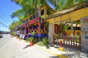 West End, The Palms Unit 6, Roatan,