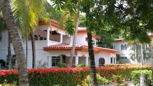 West Bay Beach, Condo # 126, Mayan Princess, Roatan,
