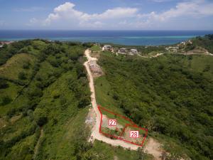Hillside lot 28, offers views of the hillside of Roatan
