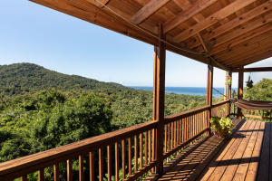 Wesley Heights, Jungle Retreat with Ocean View, Roatan,