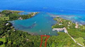 Waterfront, Gibson Bight, 5 acres with 330 + Ft of, Roatan,