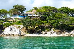 Beach front, Villa Evelyn, Guanaja,