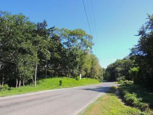 Sandy Bay, 2.10 acres Main Roadfrontage, Roatan,