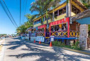 West End, Por Que No? Restaurant, Roatan,