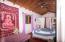 Home Included. Sleeps 22, Buena Onda Hostel, Owners, Roatan,