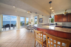 Coral Sands, Unit 3, West Bay Beachfront Condo, Roatan,