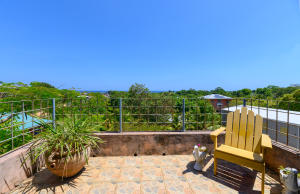 Sandy Bay Home, 2BD 1BA+LOFT, Roatan,