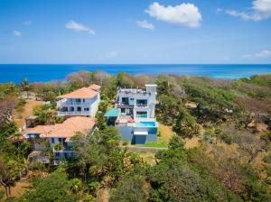 Lot 8, West Bay, Cool Breeze Lighthouse Estate, Roatan,