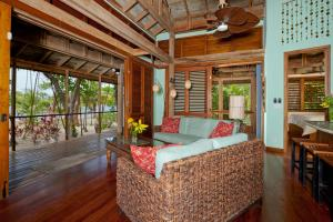 Beachfront Villa A2, Palmetto Bay Plantation –, Roatan,