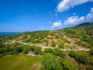 Diamond Rock Resort, Lot ready to be built on, Roatan,