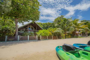Casa de Gracia Beach House, Roatan,