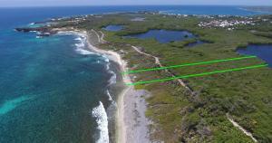 120 ft Oceanfront at Big Bight, Ocean Oriented!, Utila,