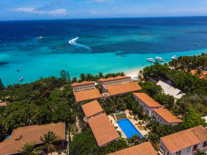 Luxury Beachfront Condo 3, Las Sirenas, Roatan,