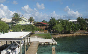 - with Harbor Front Lot, Casa Colorado, Utila,