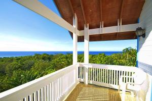 Sandy Bay Blue Ocean & Green Hill Views, 3Br 3Ba Home with Exquisite, Roatan,