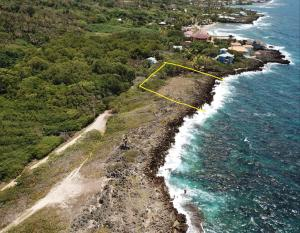 Flowers Bay, West Rock - Ocean Front Lot, Roatan,