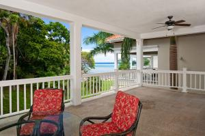 Condo – Clear Sea View, Lawson Rock – 2nd Floor 3 Bdrm, Roatan,