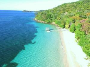 Ocean Frontage on 87.69 Acres, Guanaja, 2,761 Feet of, Guanaja,