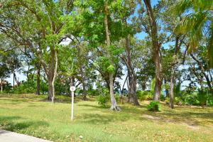 Blue Harbour, Beach Front Lot 16 in, Roatan,