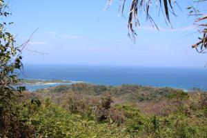 Lot B, Brazil Hill, Roatan,