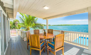 Oceanfront Home 5 Bedrooms, Plus a Oceanview Hilltop Lot, Roatan,