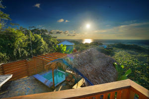 Caribbean Home. West End, 3 Bedroom 3.5 bathroom, Roatan,