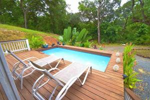 Tranquil Cottage in the Woods, Roatan,