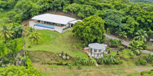 Casita, Dock Access, Captains Quarters - Main Home, Roatan,