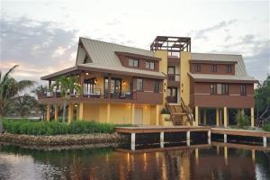 Casa Del Capitan, Utila,