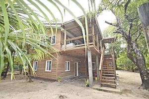 Sea Dancer in Sandy Bay, BRAND NEW BUILD, Roatan,