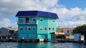 Harbor House, Utila,