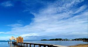Baan Suerte Road, Sandy Bay, Beach Front Estate with Dock, Roatan,