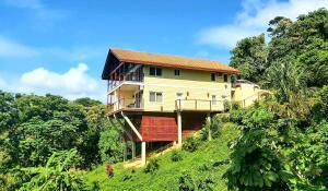 Tamarind Drive, Tree Top House, Roatan,