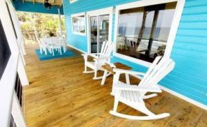 Azure Beach House, Utila,