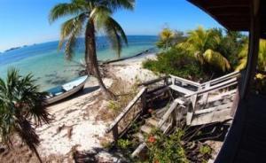 Holland Beach House, Utila,