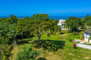 Coral Views Village, Ocean View Lot 11, Roatan,