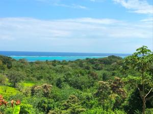Lot 17 - Ocean View, Roatan,