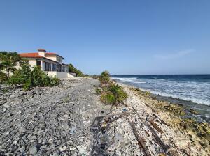 Lot 5, Beachfront, Roatan,