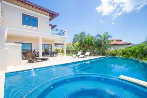 nophoto Roatan Real Estate - Residential