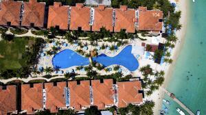 Infinity Bay Beach Resort, IB 104, Roatan,