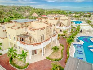 Las Palmas Villa #0120, Roatan,